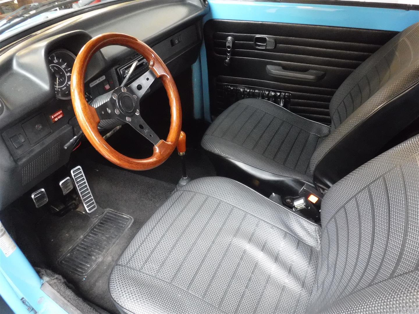1976 Volkswagen 1303 S Cabrio For Sale (picture 4 of 6)