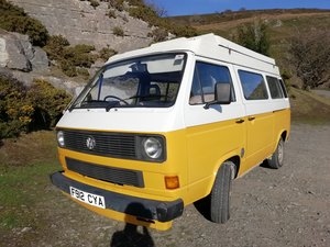 6408276c5d 1988 Classic vw T25 pop top camper For Sale