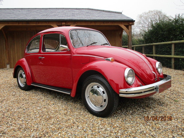 1971 Volkswagen Beetle 1300 (Card Payments & Delivery) SOLD (picture 2 of 6)