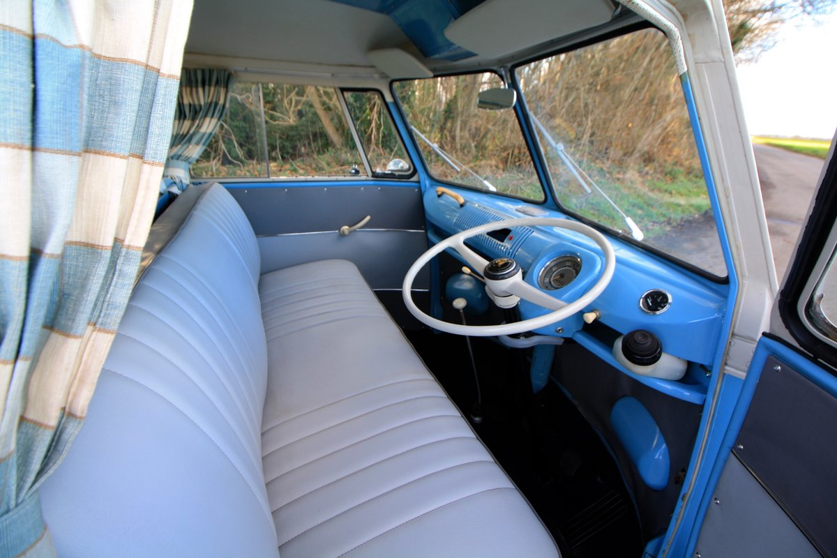 1962 VW Split Screen Camper Van – Right Hand Drive. Restored For Sale (picture 4 of 6)