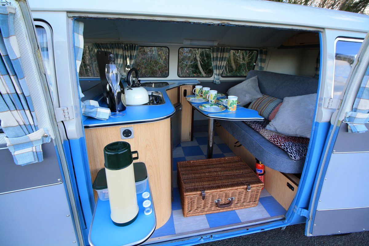 1962 VW Split Screen Camper Van – Right Hand Drive. Restored For Sale (picture 5 of 6)