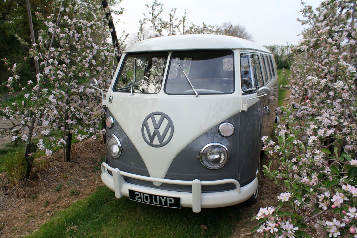 1962 VW Split Screen Camper Van. Genuine German Built Bus. For Sale (picture 1 of 6)