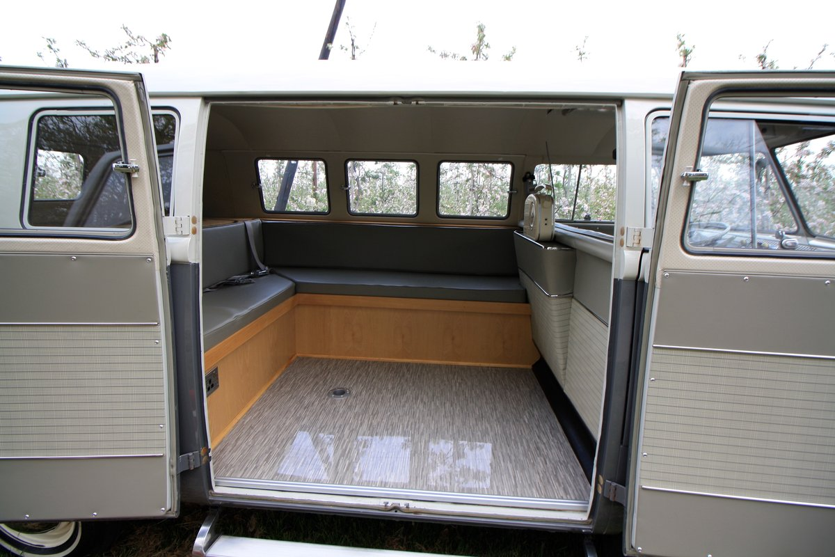 1962 VW Split Screen Camper Van. Genuine German Built Bus. For Sale (picture 5 of 6)