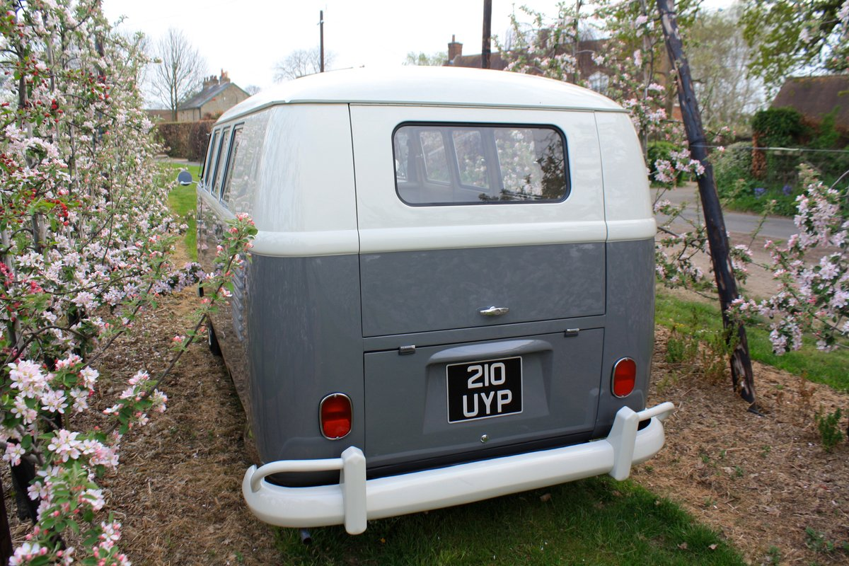 1962 VW Split Screen Camper Van. Genuine German Built Bus For Sale (picture 3 of 6)