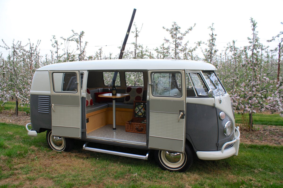 1962 VW Split Screen Camper Van. Genuine German Built Bus For Sale (picture 6 of 6)