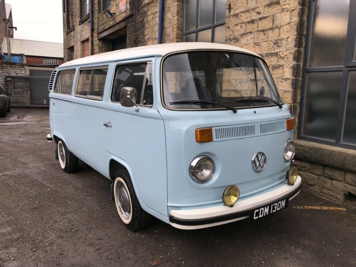 1972 1974 Volkswagen Bay Window Type 2 T2 Microbus RHD For Sale (picture 1 of 6)