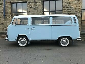 1972 1974 Volkswagen Bay Window Type 2 T2 Microbus RHD For Sale (picture 2 of 6)