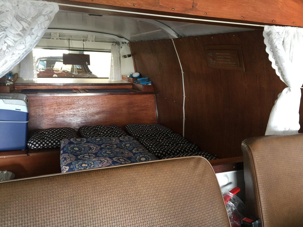 1977 Volkswagen T2 1.6 Camper Van For Sale (picture 4 of 6)