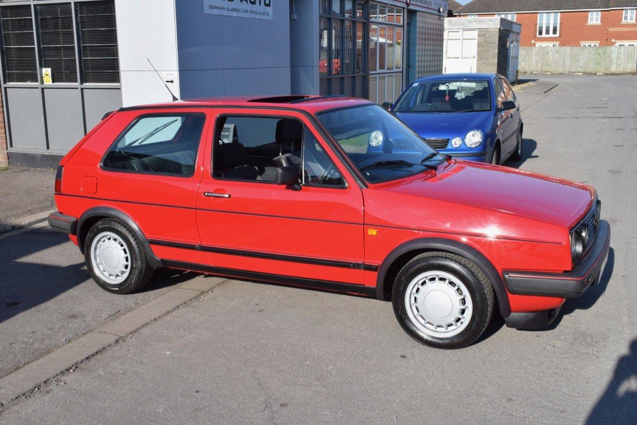 VW VOLKSWAGEN GOLF MK2 GTI 16V 3DR 1987 RED SOLD (picture 2 of 5)