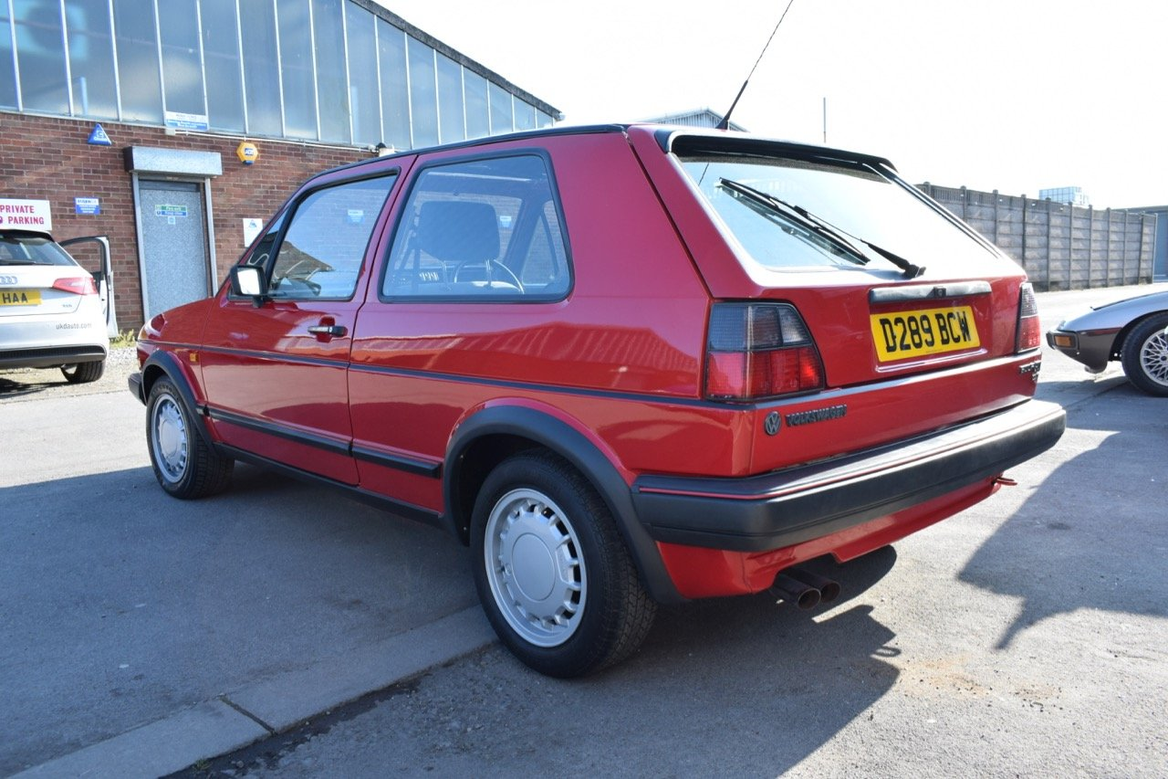 VW VOLKSWAGEN GOLF MK2 GTI 16V 3DR 1987 RED SOLD (picture 3 of 5)