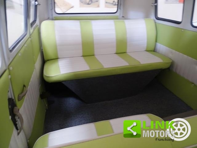 Volkswagen T1 ITALIA COMPLETAMENTE RESTAURATO ANNO 1964 For Sale (picture 5 of 6)