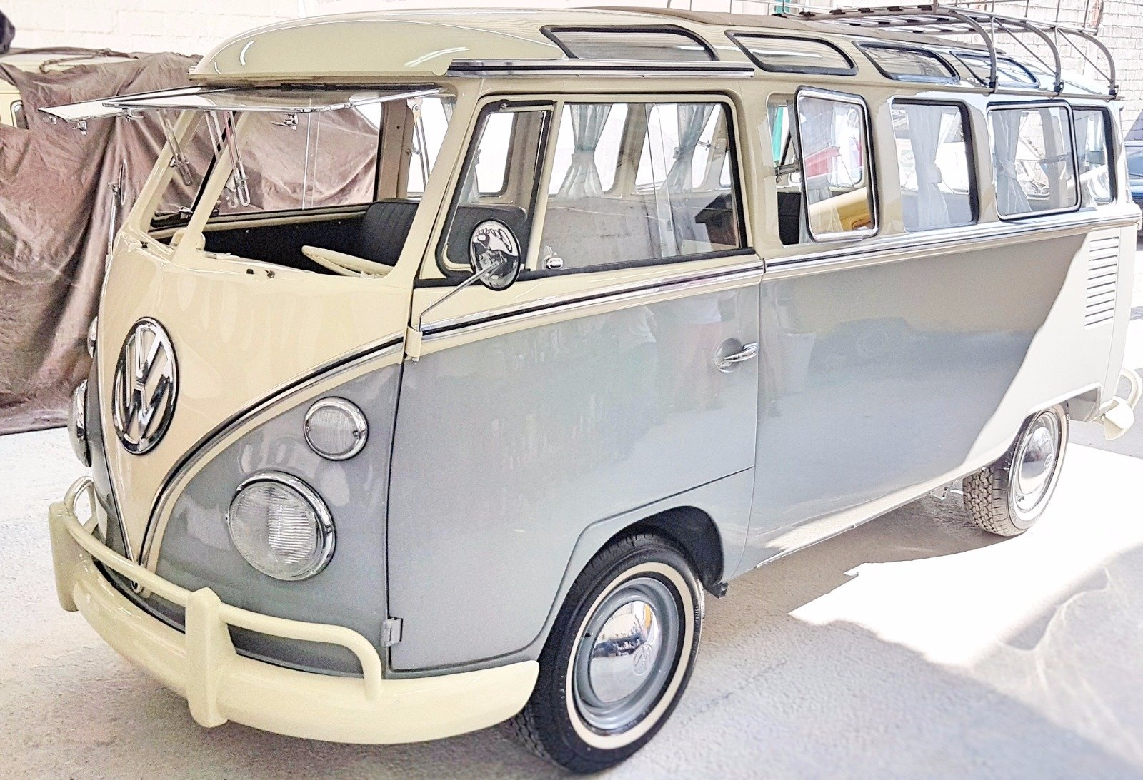 Volkswagen Splitscreen 23Window LHD 1968 Samba Rep For Sale (picture 1 of 5)