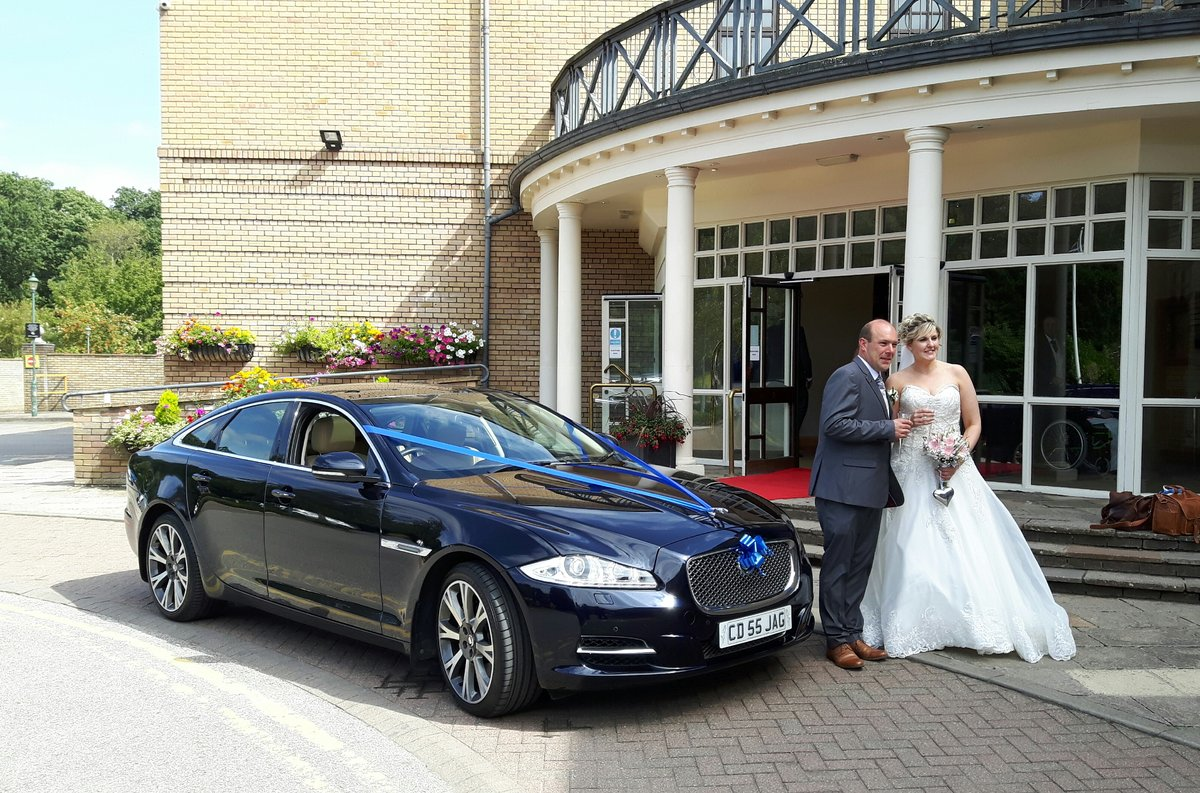 2007 LEICESTER WEDDING CARS VW Beetle convertible For Hire (picture 3 of 6)