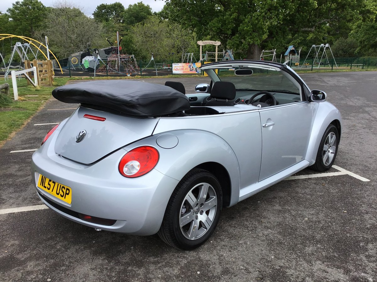 2007 VOLKSWAGEN BEETLE LUNA 1.6 Convertible Low mileage For Sale (picture 5 of 6)