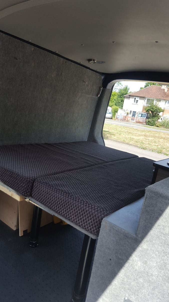 VW T5 Transporter 102ps LWB  kombi/Campervan 2008 For Sale (picture 3 of 6)