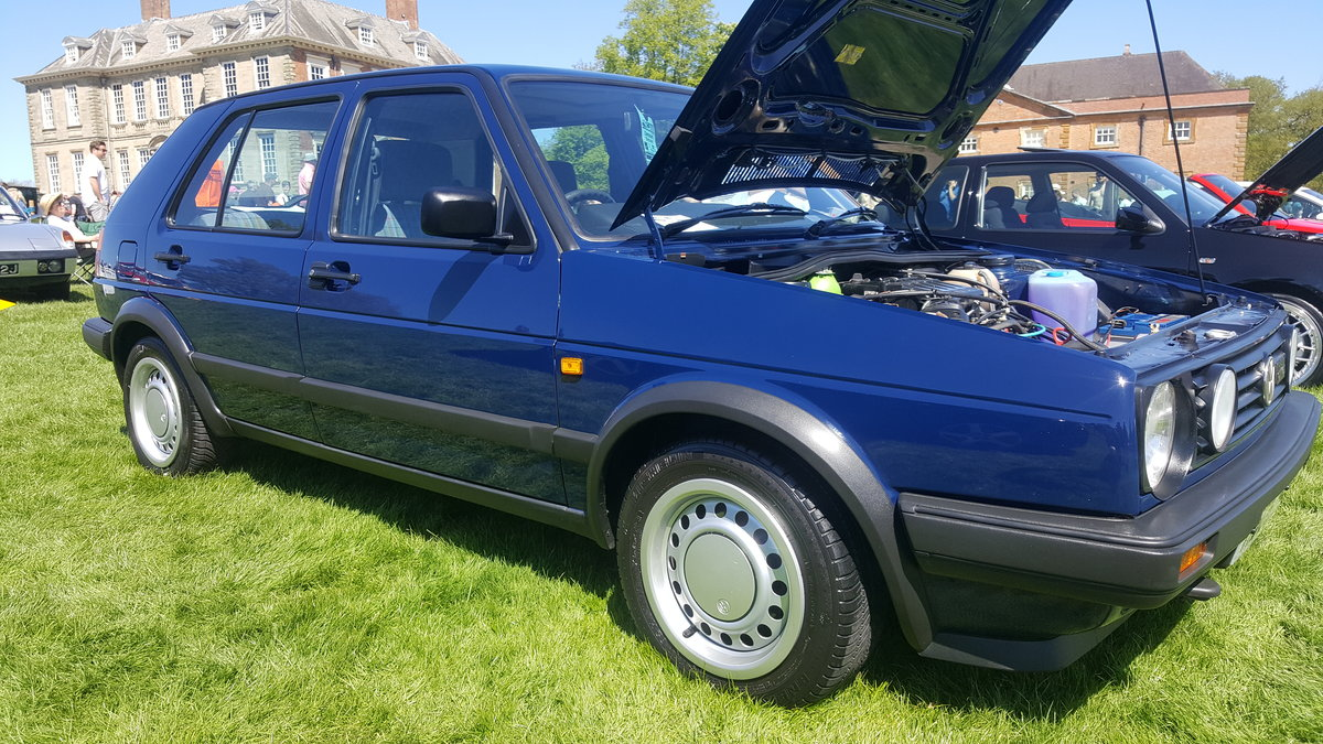 1990 Volkswagen golf driver 33k genuine miles SOLD (picture 1 of 5)
