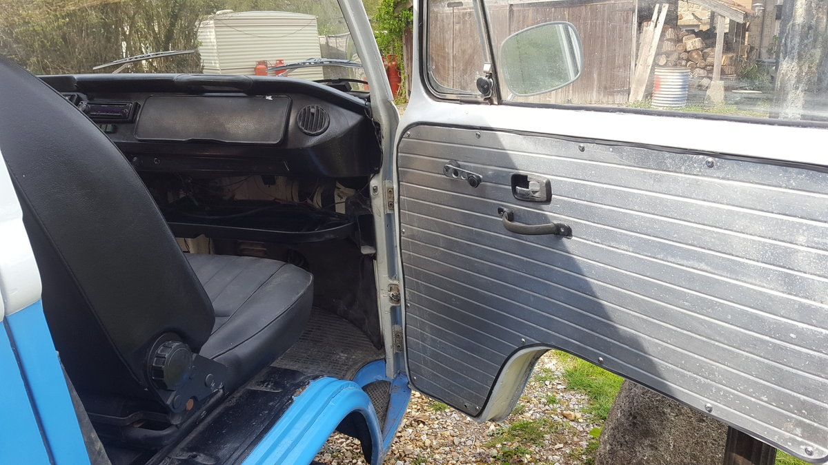 1972 VW Camper LHD SOLD (picture 4 of 6)