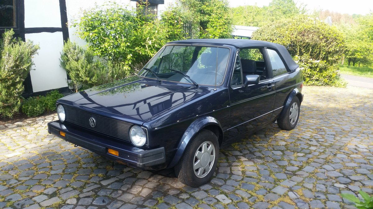 1986 Golf GTI Cabriolet , 100% rustfree , never welded SOLD (picture 2 of 6)
