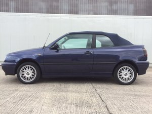 1995 Volkswagen golf cabriolet pink floyd edition For Sale