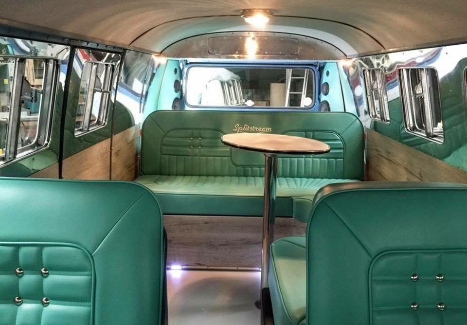 Completely refurbished 1964 Vw Splitscreen custom For Sale (picture 2 of 6)