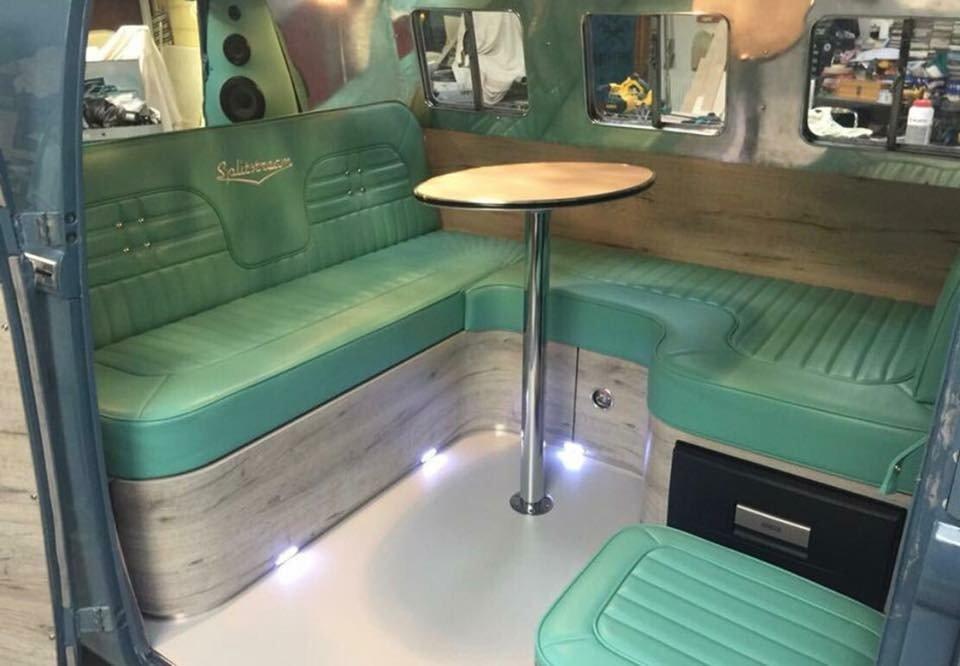 Completely refurbished 1964 Vw Splitscreen custom For Sale (picture 3 of 6)