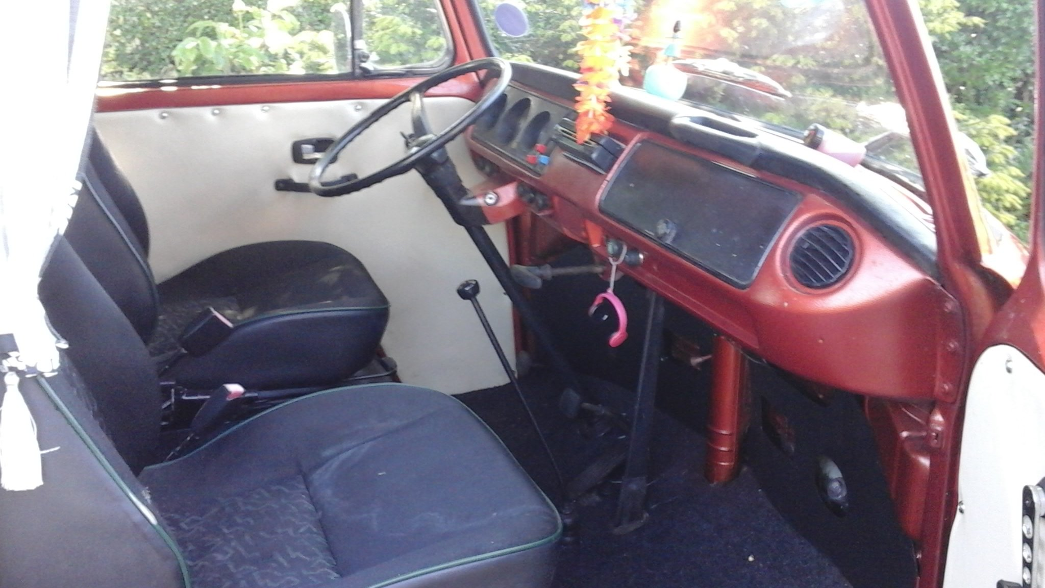 1972 VW VOLKSWAGEN T2 TYPE2 BAYWINDOW CAMPER VAN LOW LI For Sale (picture 5 of 6)