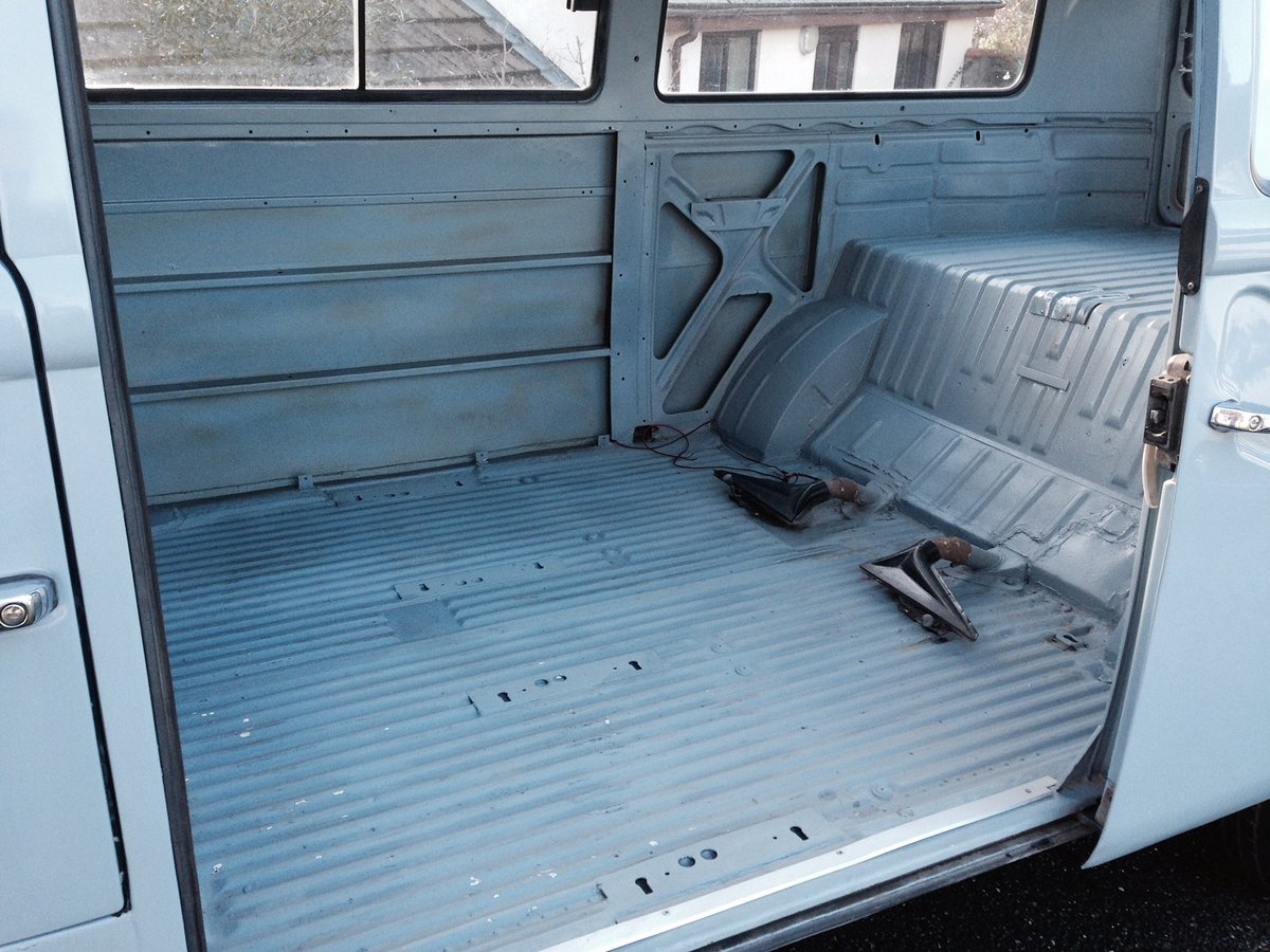1972 VW Camper Bay Window (Devon) For Sale (picture 6 of 6)