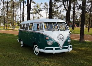 1972 Top quality restored VW T1 split window bus For Sale