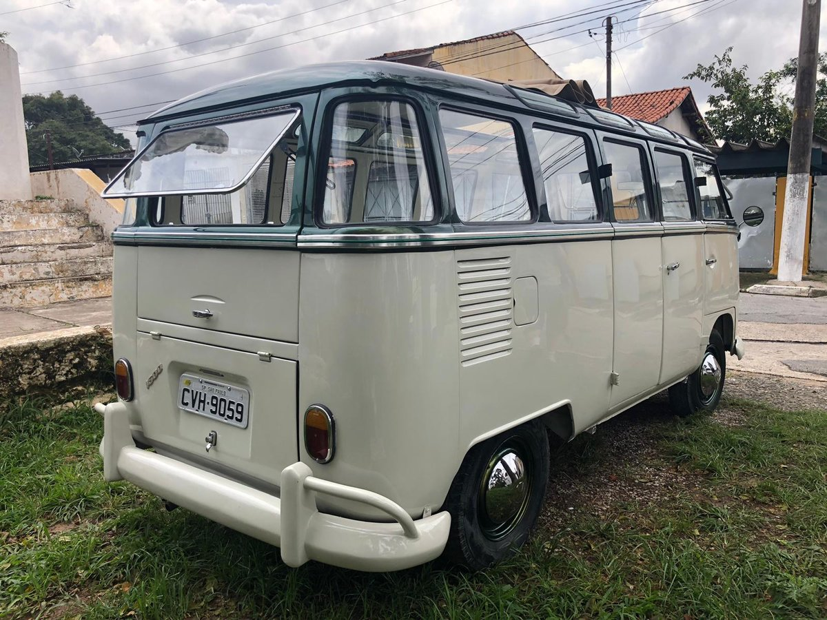 1975 VOLKSWAGEN T1 ORIGINAL VW KOMBI SPLIT SCREEN CAMPER BUS  For Sale (picture 2 of 6)