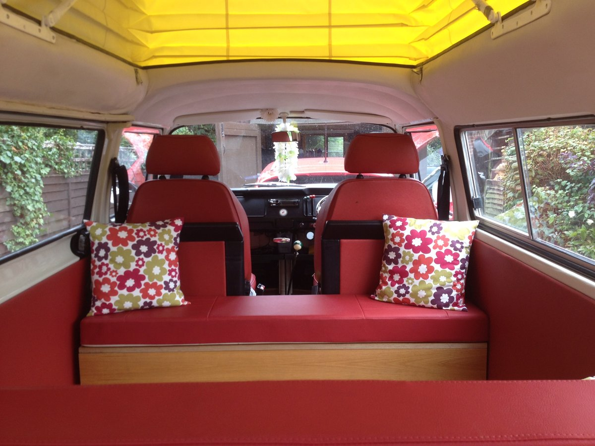 Volkswagen T2 Bay Window Crossover 1972  For Sale (picture 3 of 6)