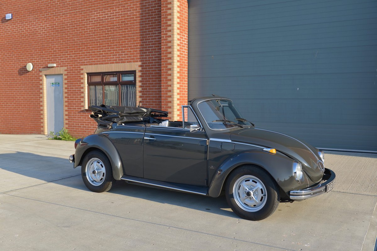 1972 VW Beetle 1303 Convertible For Sale (picture 3 of 6)