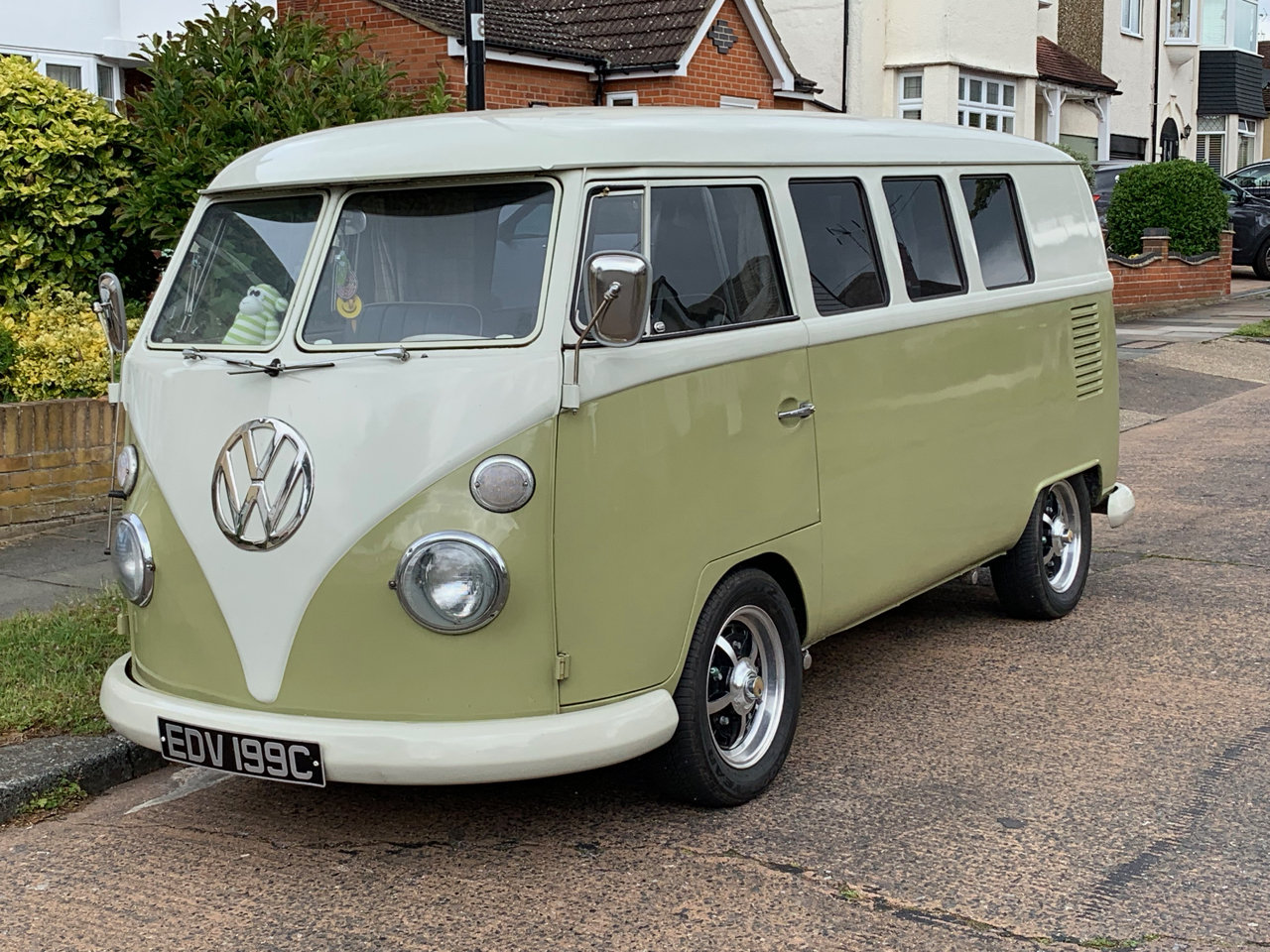1965 LHD Split Screen Camper For Sale (picture 1 of 6)