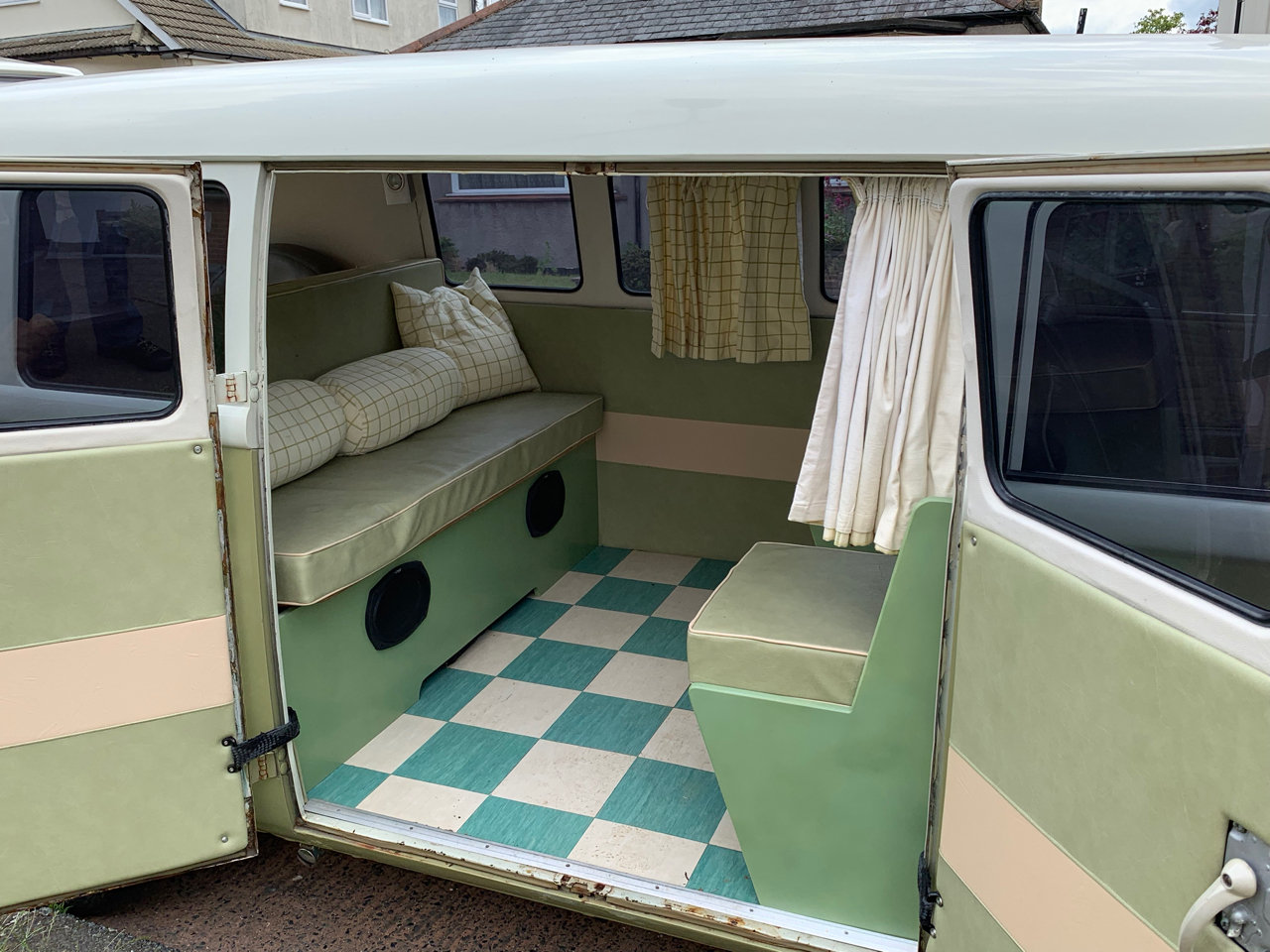 1965 LHD Split Screen Camper For Sale (picture 4 of 6)