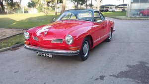 1971 VW Karmann Ghia coupê