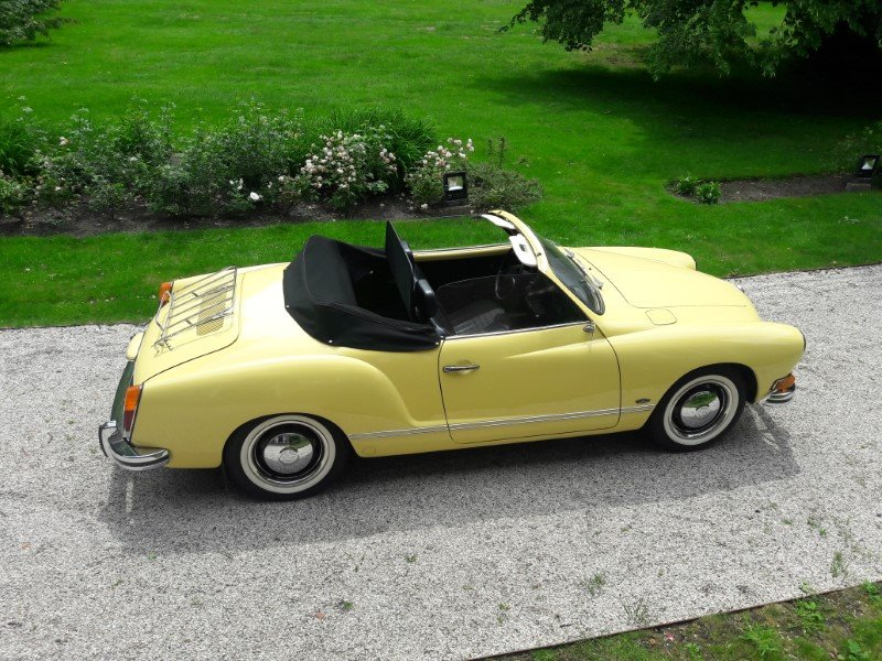 Volkswagen Karmann Ghia 1973 complete restored  34900 euro For Sale (picture 1 of 6)