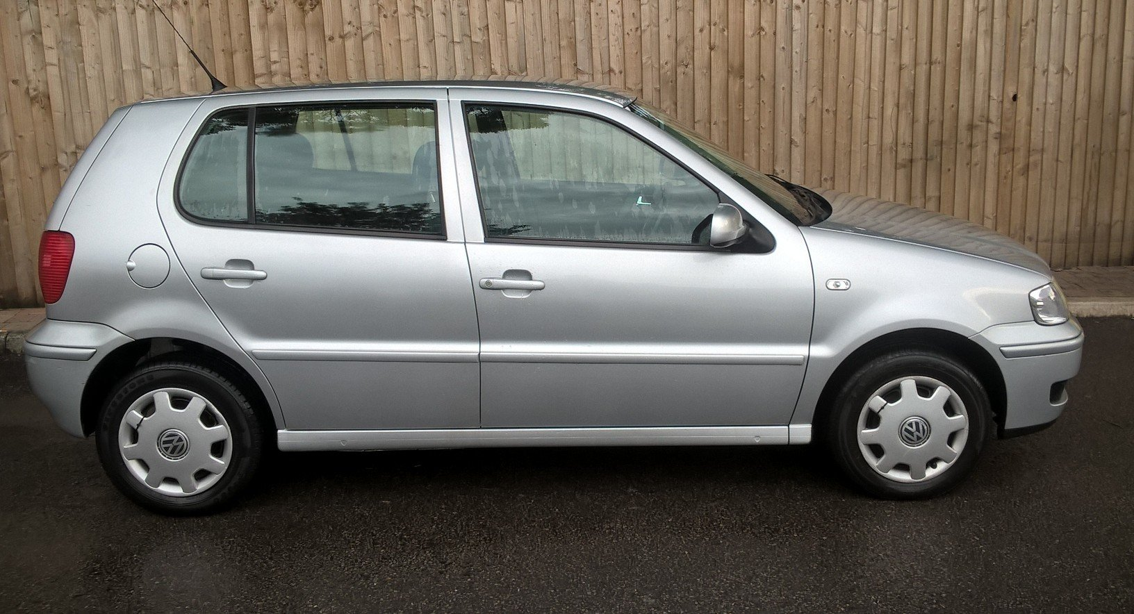 2001 VW Polo 1.4 'Match', 24K miles, 31.5.2020 MOT For Sale (picture 2 of 6)