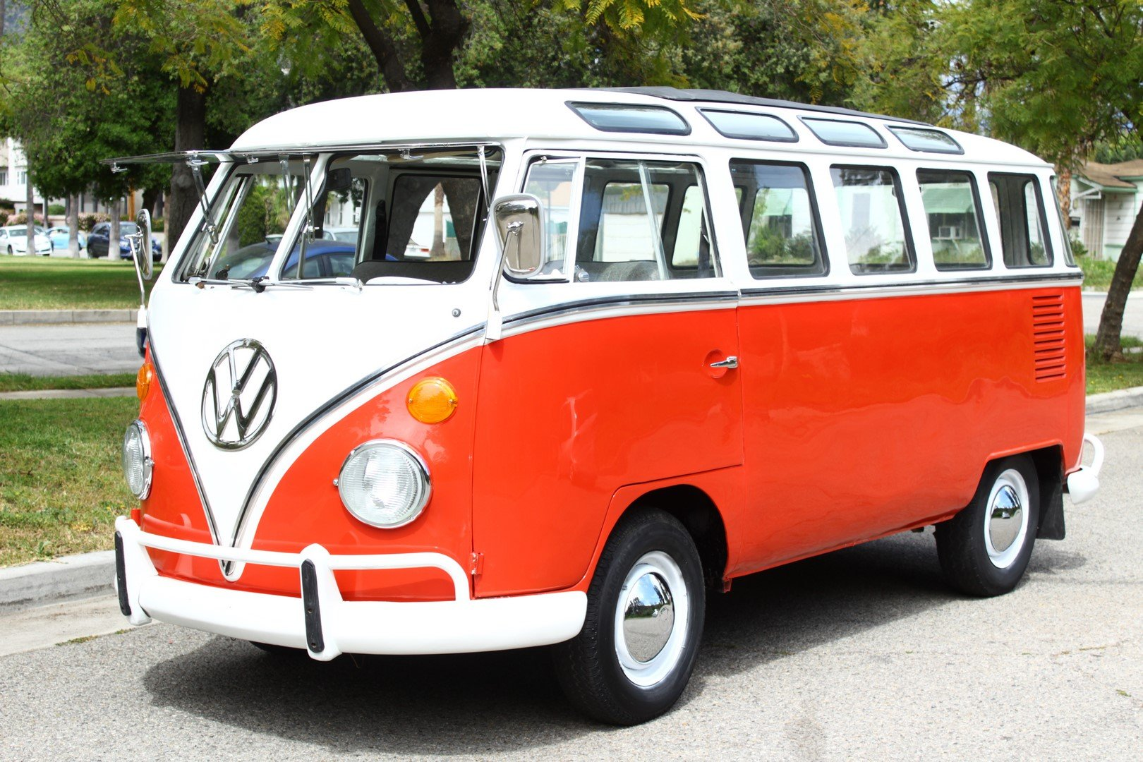 1970 VOLKSWAGEN TYPE 2 BUS T2A For Sale (picture 1 of 6)
