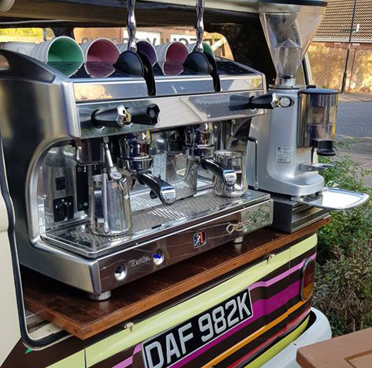 1972 VW Camper  Coffee Bus For Sale by Auction (picture 2 of 5)