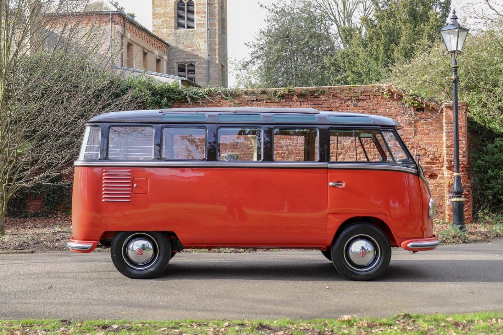 1955 Volkswagen Microbus Deluxe For Sale (picture 3 of 6)