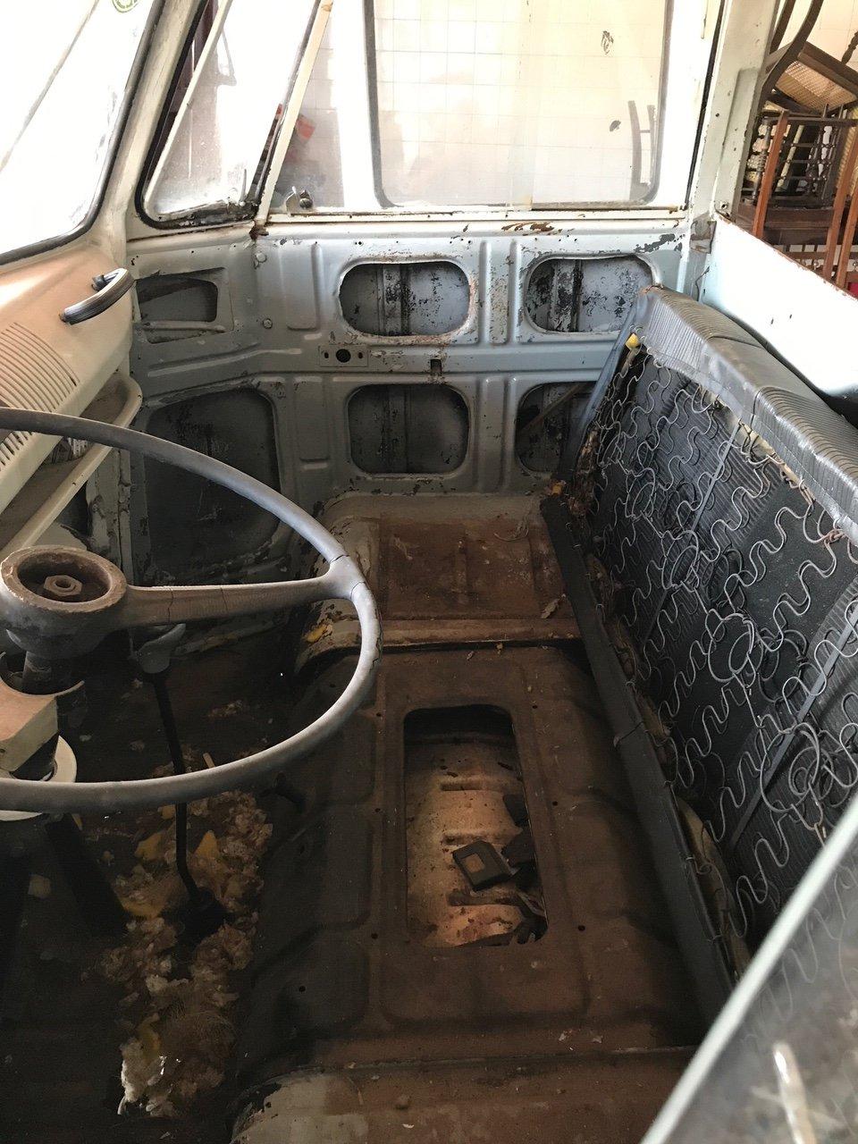 VOLKSWAGEN T1 ORIGINAL 1959 VW KOMBI SPLIT SCREEN CAMPER For Sale (picture 4 of 6)