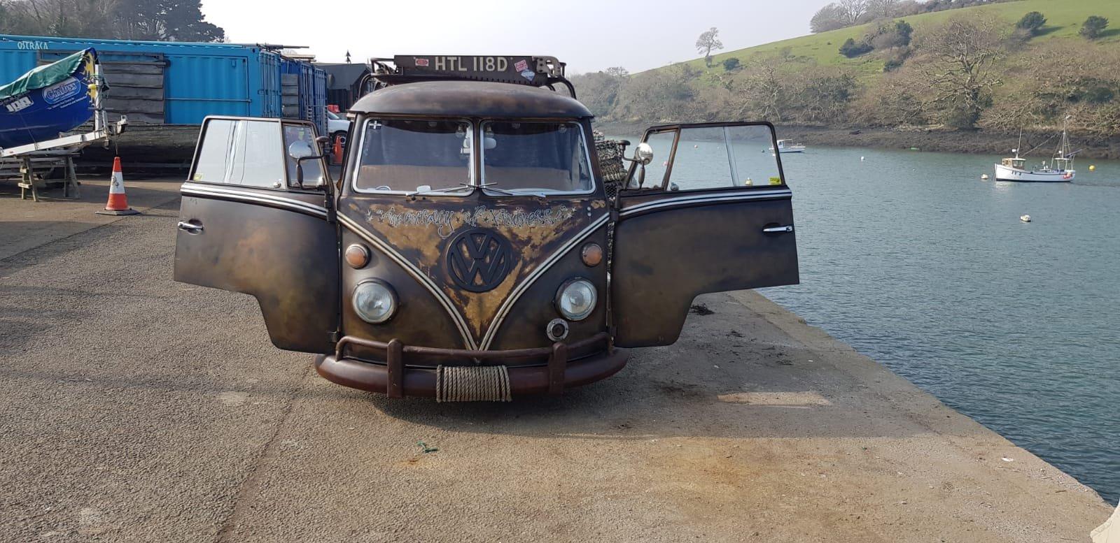 Volkswagen Camper 1966 split screen . For Sale (picture 1 of 6)