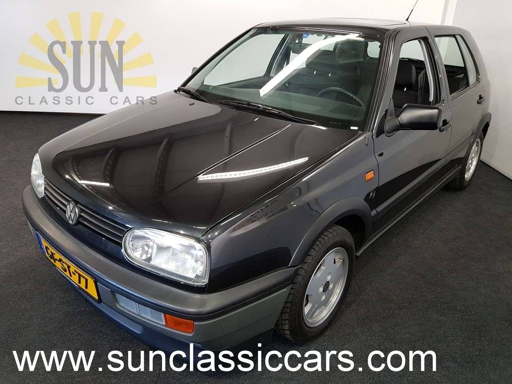 Volkswagen Golf GT 1993, nur 17.303 originale Kilometer For Sale (picture 1 of 6)