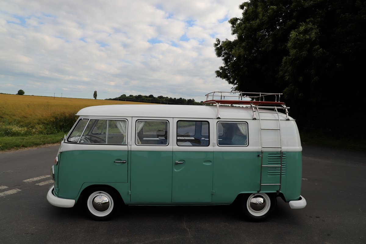 1966 VW Split Screen Camper Van. Right Hand Drive. Restored. For Sale (picture 2 of 6)
