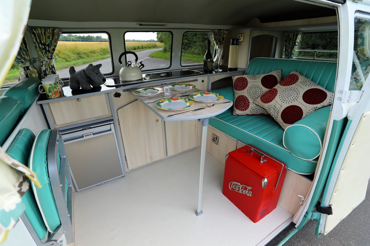 1966 VW Split Screen Camper Van. Right Hand Drive. Restored. For Sale (picture 6 of 6)