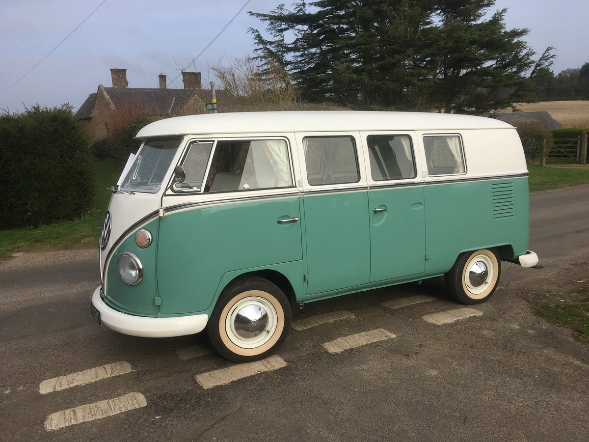 VOLKSWAGEN SPLIT SCREEN BUSES WANTED. VW CAMPER VAN WANTED For Sale (picture 1 of 6)