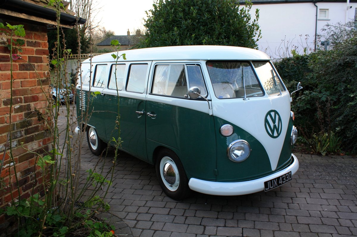 VOLKSWAGEN SPLIT SCREEN BUSES WANTED. VW CAMPER VAN WANTED For Sale (picture 5 of 6)