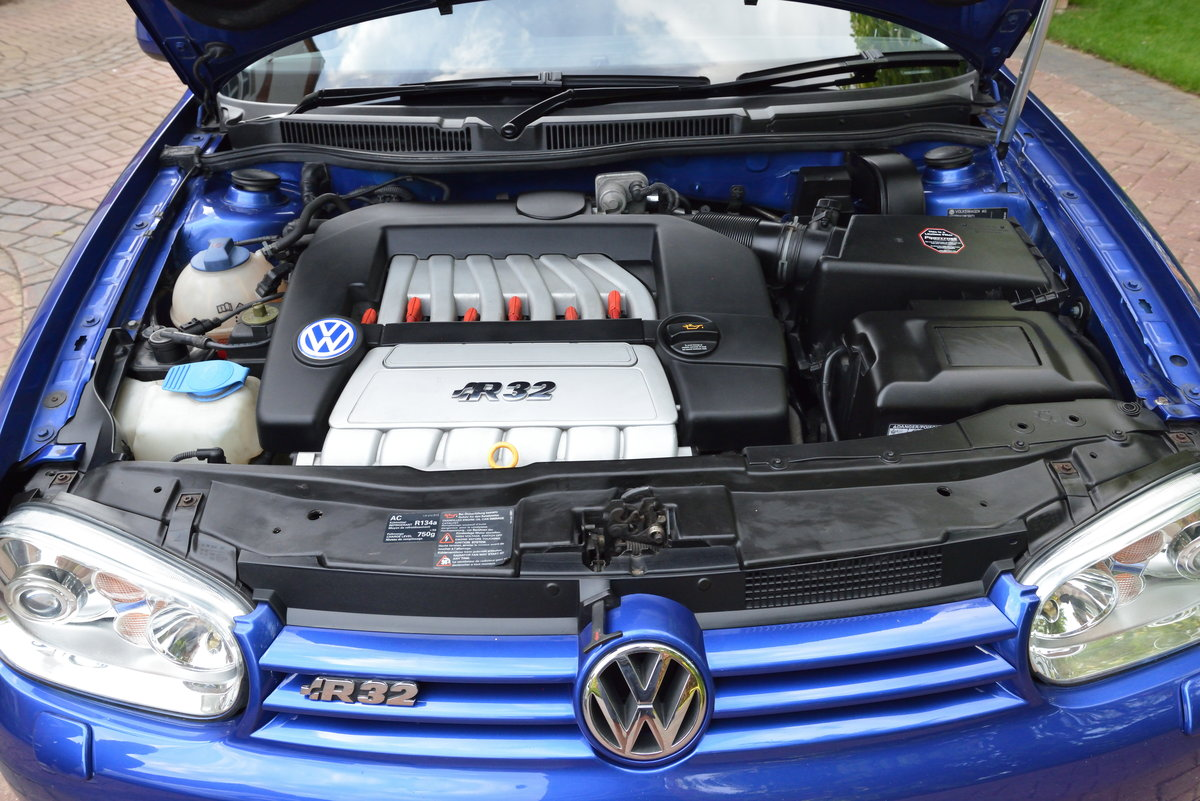 2003 Volkswagen Golf MK4 R32 SOLD (picture 6 of 6)