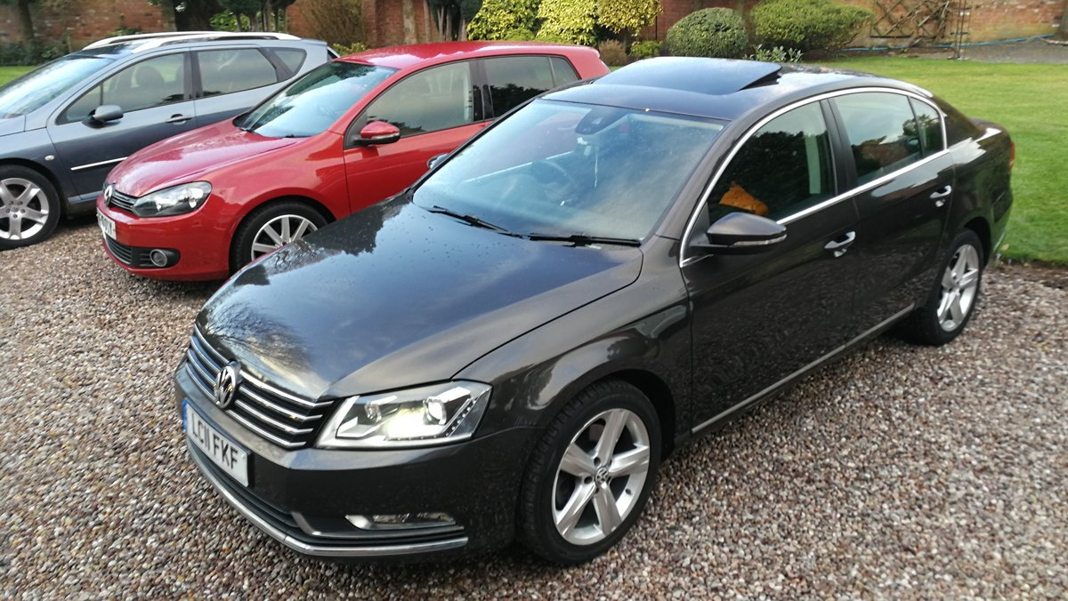 2011 VW Passat 2.0 TDI 140 Bluemotion 45k FSH £ 30 tax 60+MPG For Sale (picture 1 of 6)