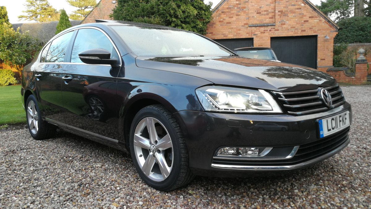 2011 VW Passat 2.0 TDI 140 Bluemotion 45k FSH £ 30 tax 60+MPG For Sale (picture 2 of 6)