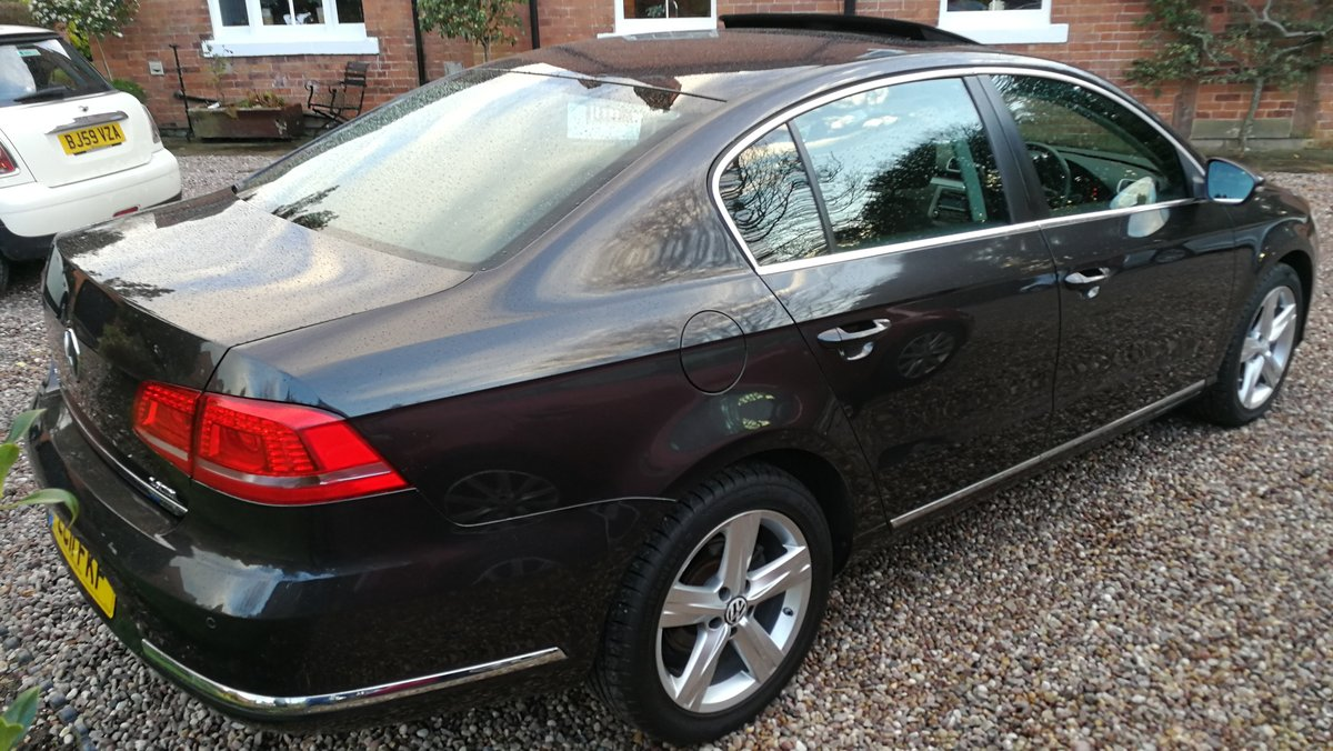 2011 VW Passat 2.0 TDI 140 Bluemotion 45k FSH £ 30 tax 60+MPG For Sale (picture 5 of 6)